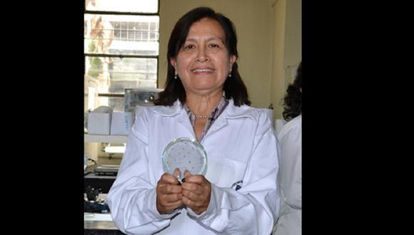 """La Dra. Doris Zúñiga Dávila, investigadora y docente de la UNALM, recibió el 2011la distinción """"Por la mujer en la Ciencia"""" otorgado por la firma L'Oreal, Concytec y la Unesco en mérito a sus investigaciones (Foto: UNALM)"""