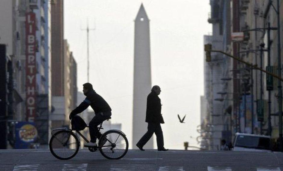 El apagón afectó el transporte público en Buenos Aires. (Foto: AFP)