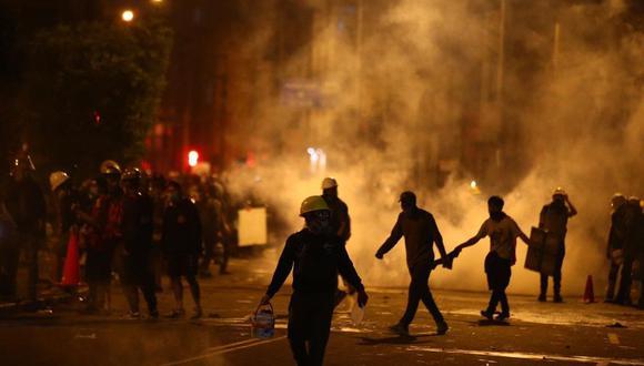 Enfrentamientos en la protesta contra Manuel Merino dejaron un muerto. (Foto: Giancarlo Ávila/ GEC)