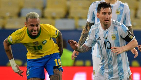 Argentina y Brasil se miden este domingo en Sao Paulo por la sexta fecha de las Eliminatorias 2022. Conoce cómo y dónde ver el partido de fútbol en vivo y en directo. (Foto: AFP)
