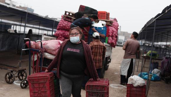 El mercado Tierra prometida empezó a funcionar recientemente. Allí fueron trasladados los comerciantes de La Parada, La Victoria. (Foto: Ángela Ponce @photo.gec)