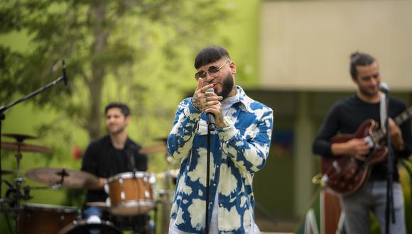 El músico puertorriqueño tiene tres nominaciones a los Premios Juventud 2020. (Créditos: Sony Music)