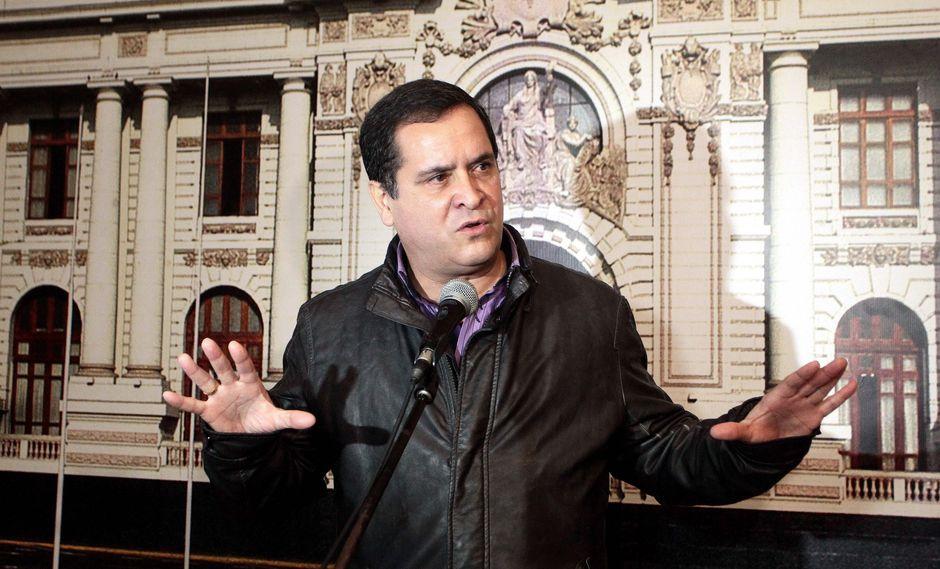 Luis Iberico indicó que se debe impulsar el diálogo con las bancadas para llegar a entendimientos. (Foto: GEC)