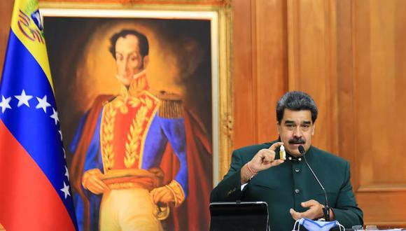 el presidente de Venezuela, Nicolás Maduro, habla ante los medios en el palacio presidencial de Miraflores. (EFE).