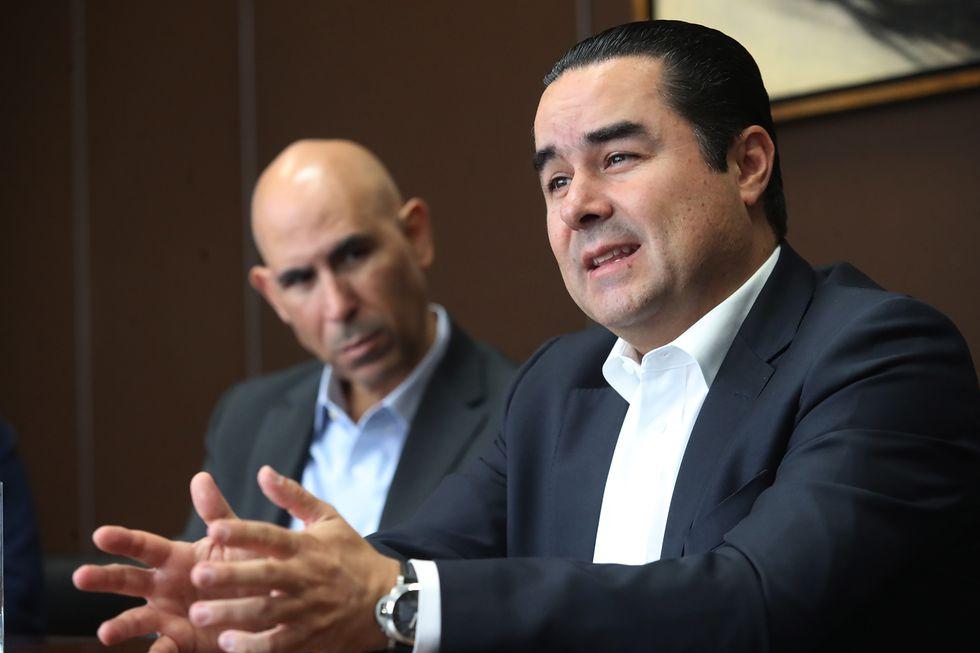 De izquierda a derecha: Eduardo Torres Llosa y Fernando Eguiluz (Foto: Dante Piaggio / El Comercio)