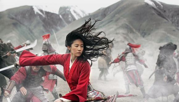 """La versión de """"Mulan"""" protagonizada por Yifei Liu y estrenada el 4 de septiembre en el servicio de streaming Disney+ es solo la última versión de esta milenaria leyenda.  (Foto: Jasin Boland/Disney via AP)"""