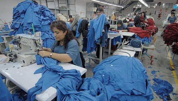 MTPE: Informalidad laboral se reducirá a 52% en el 2016