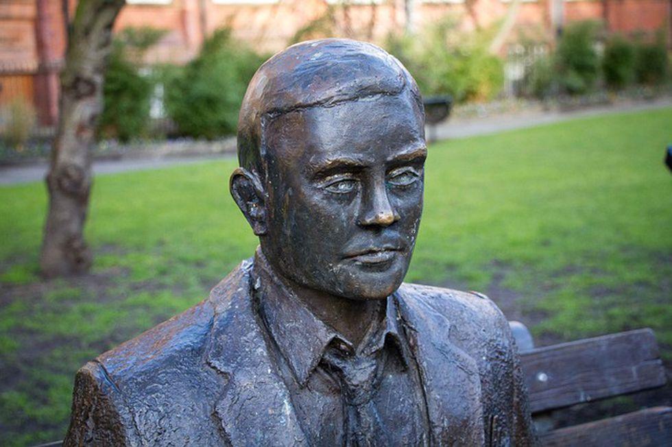 """Alan Turing fue uno de los primeros en considerar que las computadoras podían """"pensar"""". (Foto: Pixabay)"""