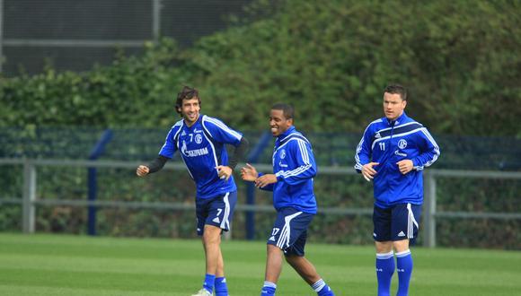 Jefferson Farfán alcanzó un pico de rendimiento con Raúl como compañeros en el Schalke. (Foto: Germán Falcón).