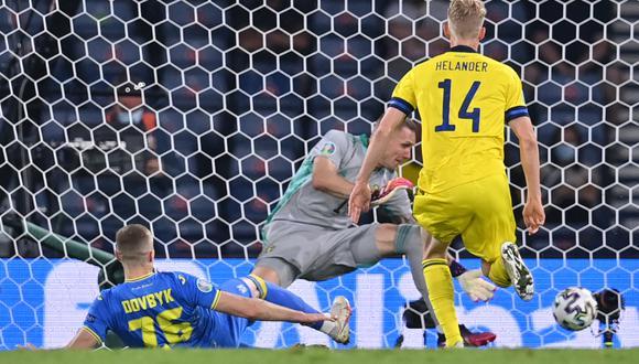 Ucrania vs. Suecia chocaron por los octavos de final de la Eurocopa 2021   Foto: AFP