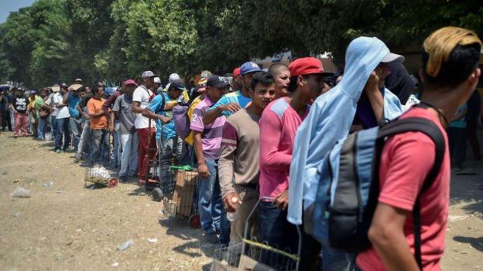 El éxodo de decenas de miles de venezolanos es citado como uno de los motivos para adoptar una resolución pronta.