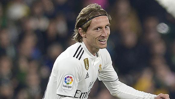 Real Madrid vs. Real Betis: mira el golazo de Luka Modric para el 1-0 del cuadro merengue | Foto: AFP