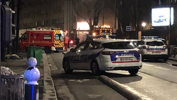 Se desconocen los motivos que provocaron el tiroteo en la mezquita que funciona como sede central de la ACIMA. El tirador huyo de la escena, según el representante del Consejo Musulmán en París. (Twitter: Actu17)