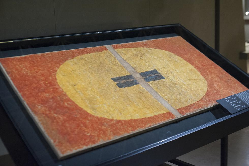 """Inca Dress Code"", exposición en Bruselas (Foto: Difusión)"