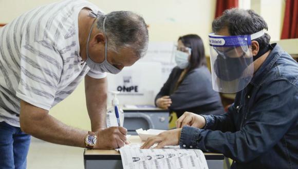 El JNE también dispuso que los trámites para justificaciones y dispensas de pago de multas electorales se desarrollen de manera virtual a través de su página web. (Foto: Andina)
