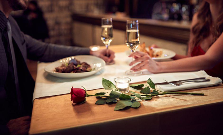 En esta experiencia, hombres y mujeres tienen la posibilidad de conocerse entre sí a través de citas que duran diez minutos. (Foto: Shutterstock)