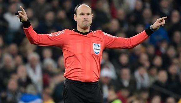 Mateu Lahoz será el árbitro principal del Manchester City-Chelsea. (Foto: AFP)
