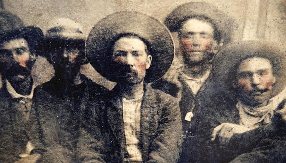 """""""Retrato del bandido adolescente"""", por Dante Trujillo"""