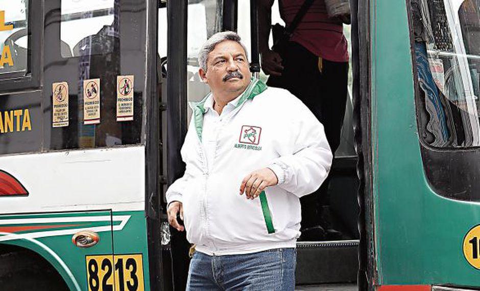 Alberto Beingolea afirma que también investigará la gestión de Luis Castañeda en caso sea elegido. (Foto: Rolly Reyna/ El Comercio)