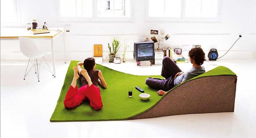 Alfombra manta. Tu sala no será la misma con esta alfombra creada por Nanimarquina. En ella podrás descansar y sentarte de la forma más cómoda mientras conversas con tus invitados o ves televisión. (Foto: houzz.com)