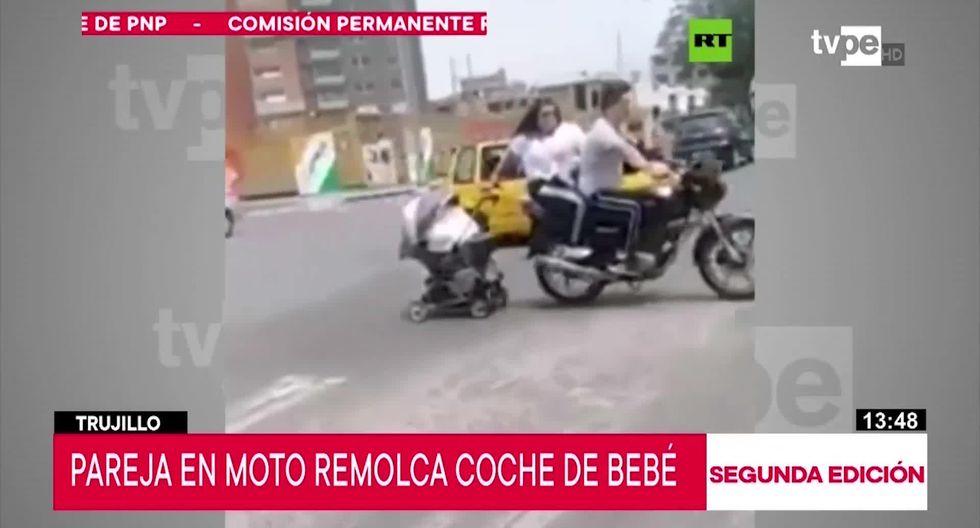 Trujillo: Pareja en moto es captada arrastrando coche de bebe - El Comercio