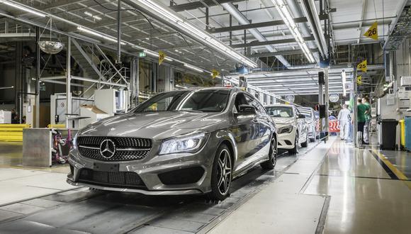 Las plantas de Mercedes-Benz en Untertürkheim, Berlín, Hamburgo, Sindelfingen y Bremen reiniciaron tras la suspensión de sus actividades. (Fotos: Mercedes-Benz).