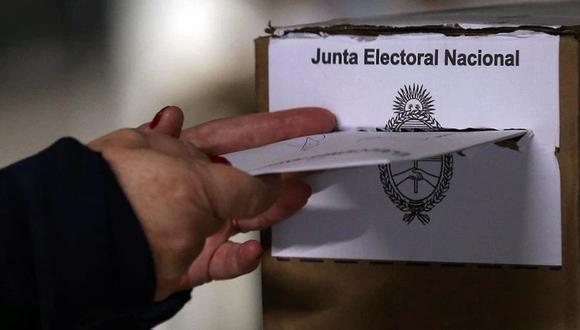 La Cámara Nacional Electoral (CNE) estableció un protocolo sanitario para las elecciones durante la pandemia de coronavirus. (Foto de archivo: /REUTERS/Agustín Marcarian)