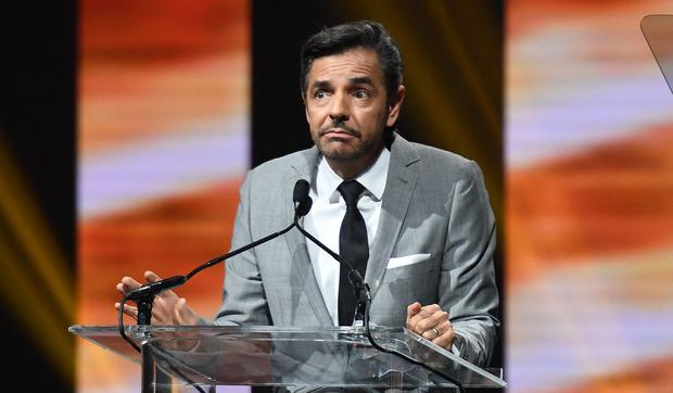 Eugenio Derpes, winner of the International Comedy Award, speaks on stage at the Cinema Con Big Screen Achievement Awards in Las Vegas in March 2017.  (Photo: Angela Weiss / AFP)