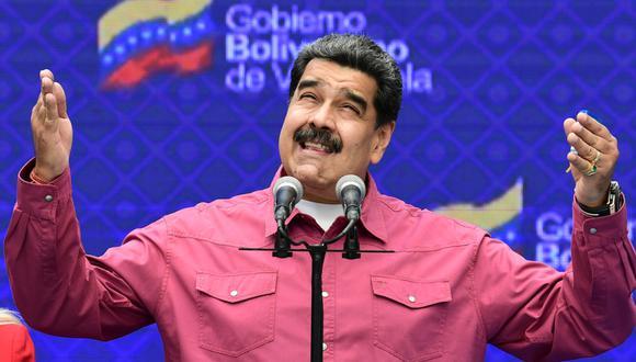 """Nicolás Maduro, quien calificó el medicamento como """"goticas milagrosas"""", explicó que durante los últimos nueve meses se hicieron """"experimentos masivos"""" con pacientes contagiados. (Foto: AFP)."""