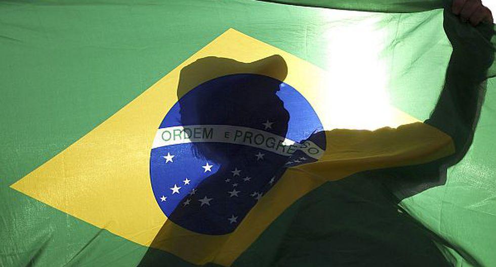 Bolsa de Sao Paulo se hunde tras triunfo de Dilma Rousseff