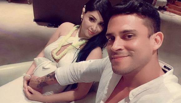 Christian Domínguez y Pamela Franco anunciaron el nacimiento de su hija. (Foto: Instagram)