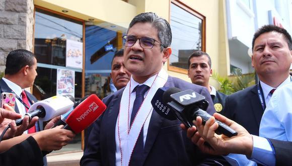 El fiscal José Domingo Pérez, a cargo de la investigación a Gonzalo Monteverde, dirigió en enero una diligencia para ejecutar una orden de incautación. (Fotos: Hugo Curotto/ GEC)