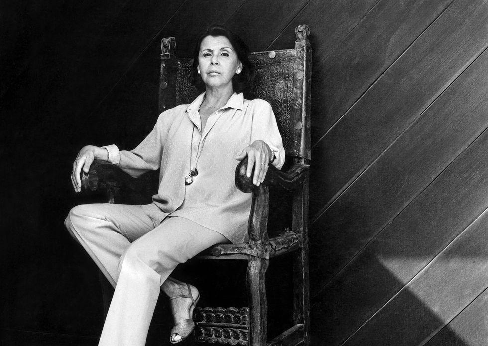 La escritora Blanca Varela en uno de los tantos retratos que le hozo Benavides