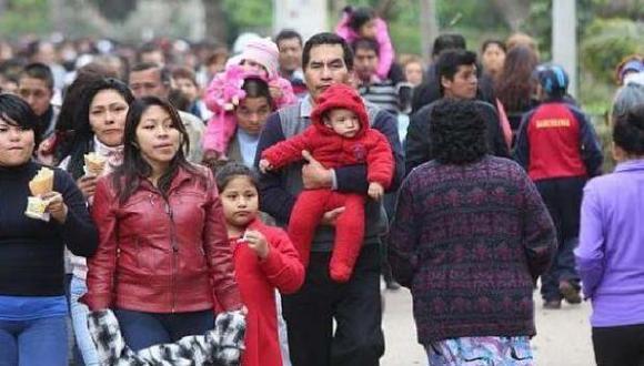 En Lima y en las regiones norte, sur y centro, la clase media alcanza y supera al 50% de sus habitantes