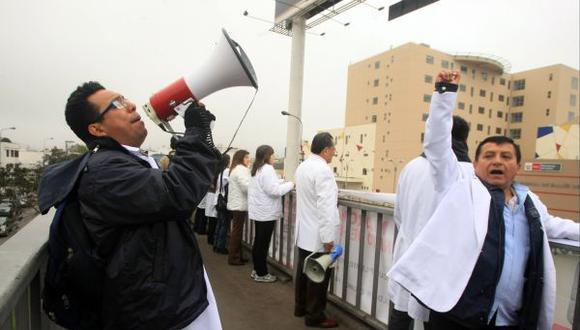 Minsa rechazó pliego de reclamos de la Federación Médica