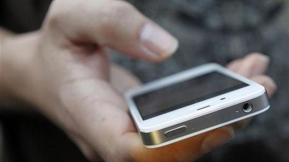 Crean células que pueden ser controladas con el smartphone