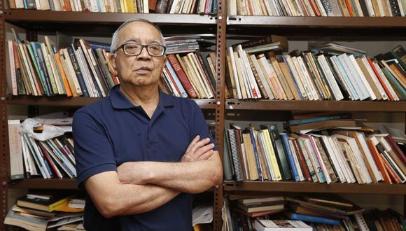 """Augusto Higa (Lima, 1946) es autor de libros como """"Que te coma el tigre"""", """"Japón no da dos oportunidades"""", """"La iluminación de Katzuo Nakamatsu"""", entre otras. (Foto: Violeta Ayasta/GEC)"""