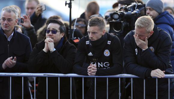 Jamie Vardy, Kasper Schmeichel y el emotivo homenaje para despedir al presidente del Leicester. (Video: YouTube/Foto: AFP)