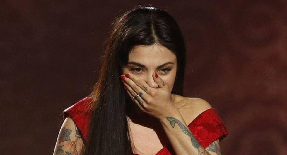 Mon Laferte llora de emoción al ganar un Grammy Latino. (Foto: Agencia)