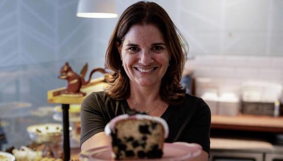 Ana Avellana es una mujer práctica, alegre y que ama la pastelería.  (Foto: El Comercio / Angela Ponce)