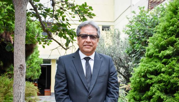 Como presidente de Asiste Perú,  Julio Cárdenas demanda medidas de ayuda básicamente para los estudiantes, para evitar que la deserción afecte no solo a las entidades educativas sino el desempeño del país.