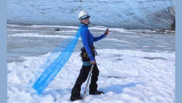 La capa que se llevó Celeste a Alaska había sido creada para un disfraz de Halloween que representaba a la princesa Elsa de la película de Disney, Frozen. (Foto: Celeste Labedz)