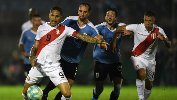 Perú y Uruguay chocarán por un amistoso FIFA. Conoce los horarios y canales de todos los partidos de hoy, martes 15 de octubre. (AFP)