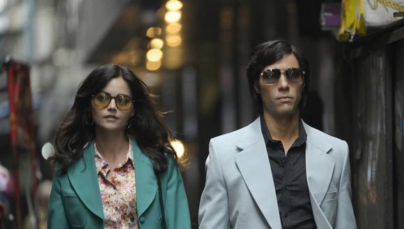 """""""La Serpiente"""" tiene en los roles protagónicos a Tahar Rahim en el papel de Sobhraj y Jenna Coleman como Marie-Andreé Leclerc, compañera del homicida. (Foto: Netflix)"""