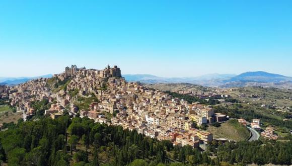 Troina (Italia) busca combatir la despoblación ofreciendo casas a un euro, además de bonificaciones para remodelaciones y otros beneficios en la ciudad. (Foto: Comunidad de Troina)