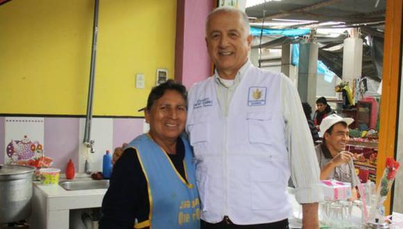 Proponen retiro masivo de candidatos en contra de César Acuña