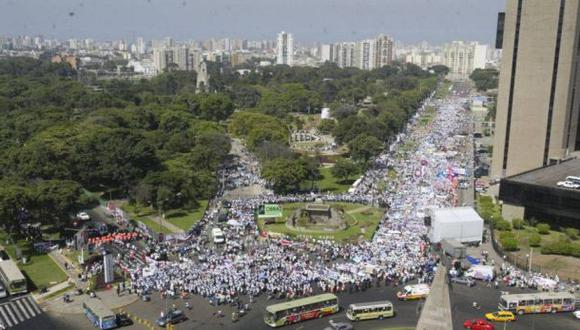 Más de 250.000 en contra del río, por Luisa Morcos