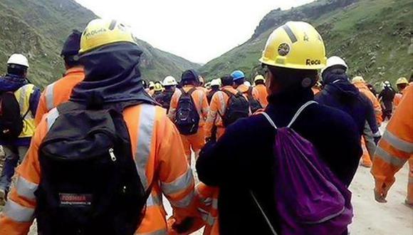 Comuneros liberan a trabajadores de proyecto minero Las Bambas
