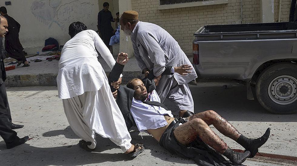 El dolor invade Pakistán tras atroz atentado en hospital - 10