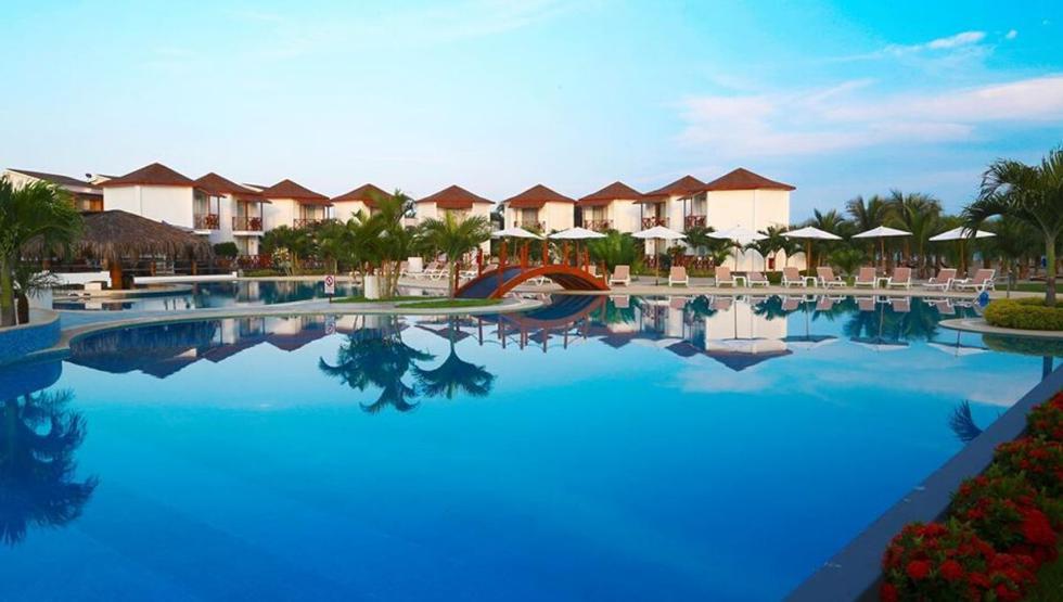 Casa Andina Select Zorritos Tumbes. A solo 40 minutos del aeropuerto de Tumbes, es el lugar perfecto para descansar y disfrutar del mar. Cuenta con una piscina con pool bar, un gimnasio, karaoke, hamacas en bosque de palmeras, sauna y spa. (Foto: Casa Andina)